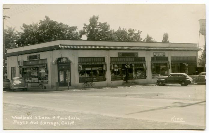 Woodleaf1940sGreyhoundSign